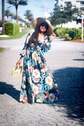 Fashion blogger wearing Maxi dress to the beach
