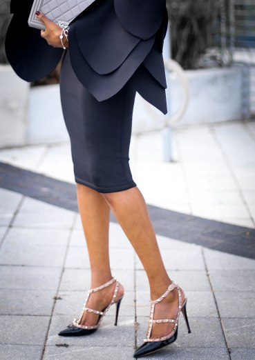 black scuba midi dress with bell sleeves wore by fashion blogger Atlanta blogger-14