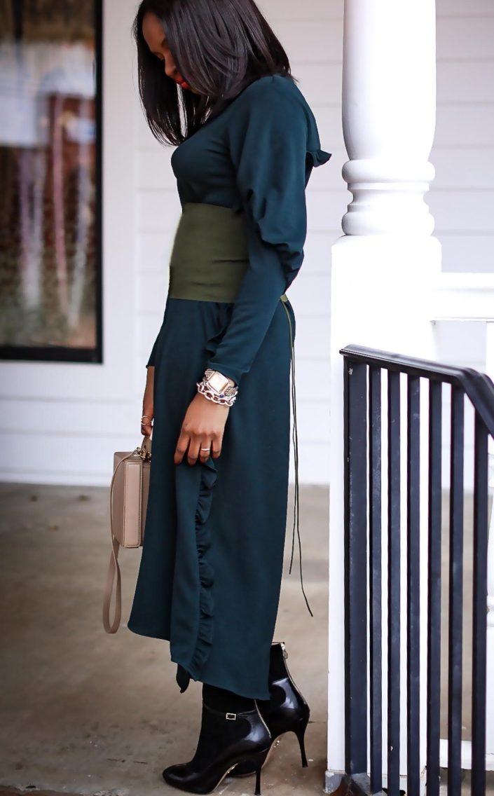Green tibi midi dress worn by Atlanta fashion blogger. What to wear to an Atlanta coffee shop-28