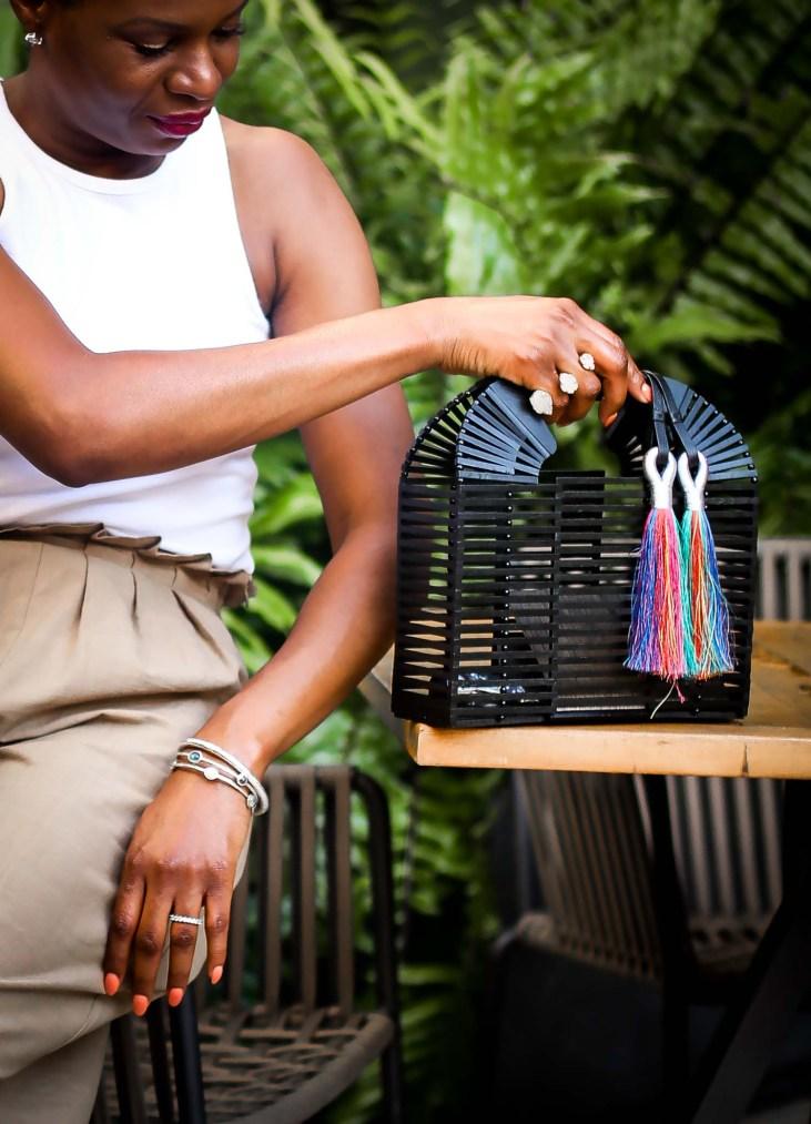 Atlanta blogger in Vince Camuto black sandals and black bag-3
