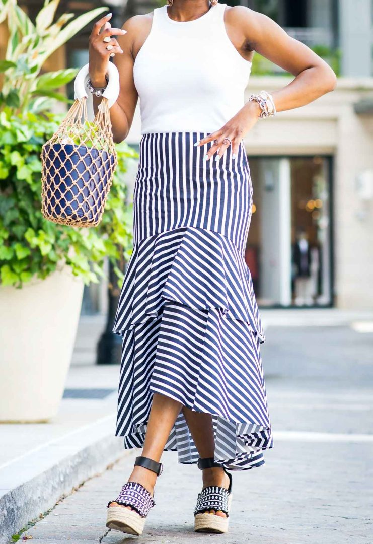 how to style a blue and white ruffle hem maxi skirt from banana republic by top atlanta fashion blogger-5