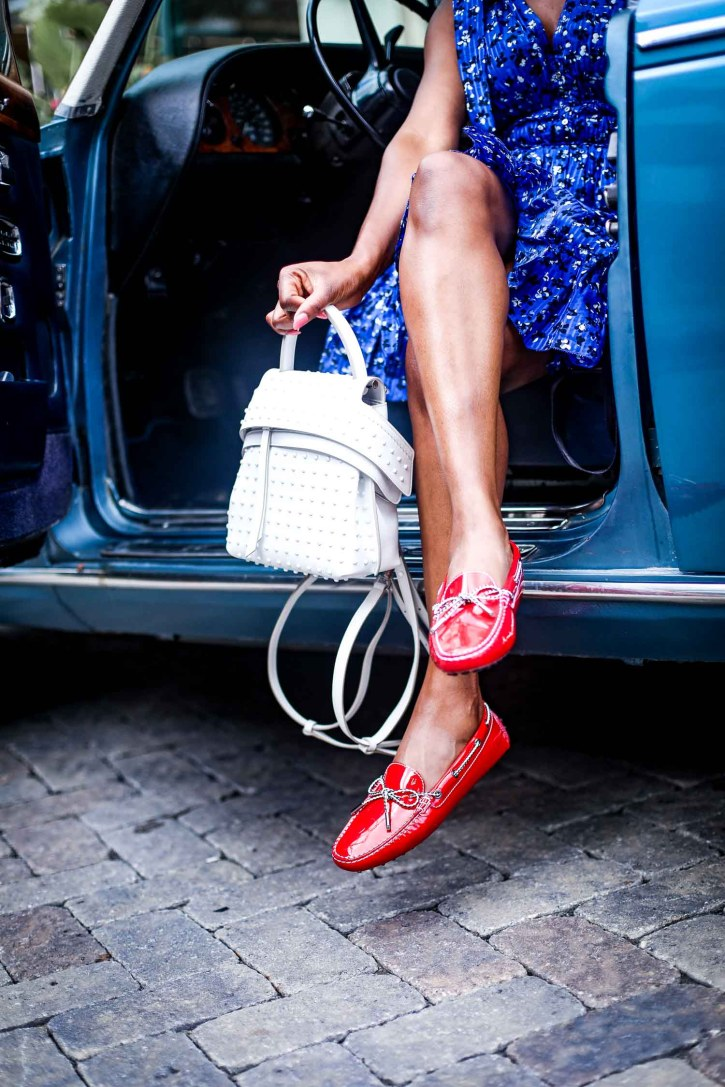 Atlanta blogger wearing Tod's Gommino Driving Shoes and Tod white bag in a Rolls Royce-9