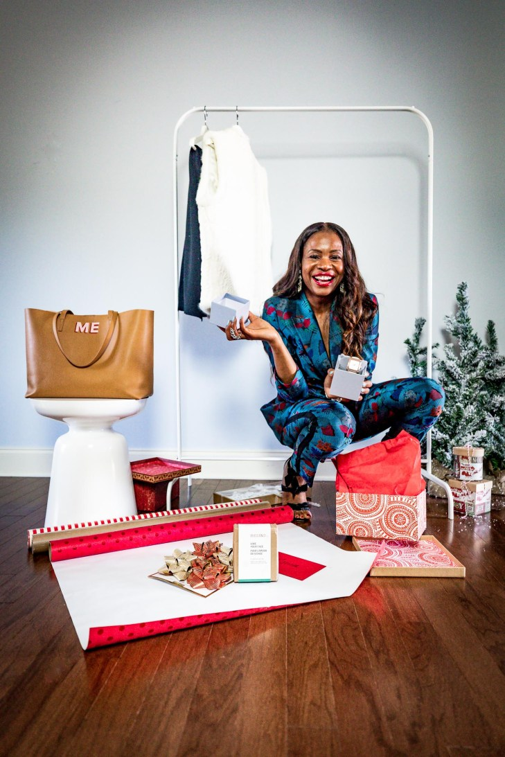 Atlanta lifestyle blogger Monica Awe-Etuk takes a cue from Oprah, and givesaway her favorite things. wearing lafayettle148 suit, michele watch and alexandre birman shoes-16