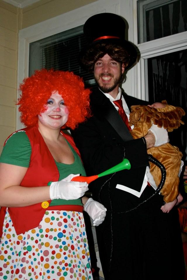 family costume idea - circus family