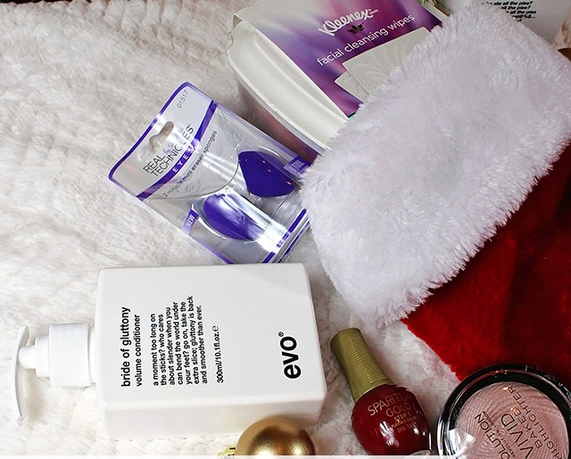 2016 Stocking Stuffers for Beauty Lovers - Sponsored - A Well Crafted Party