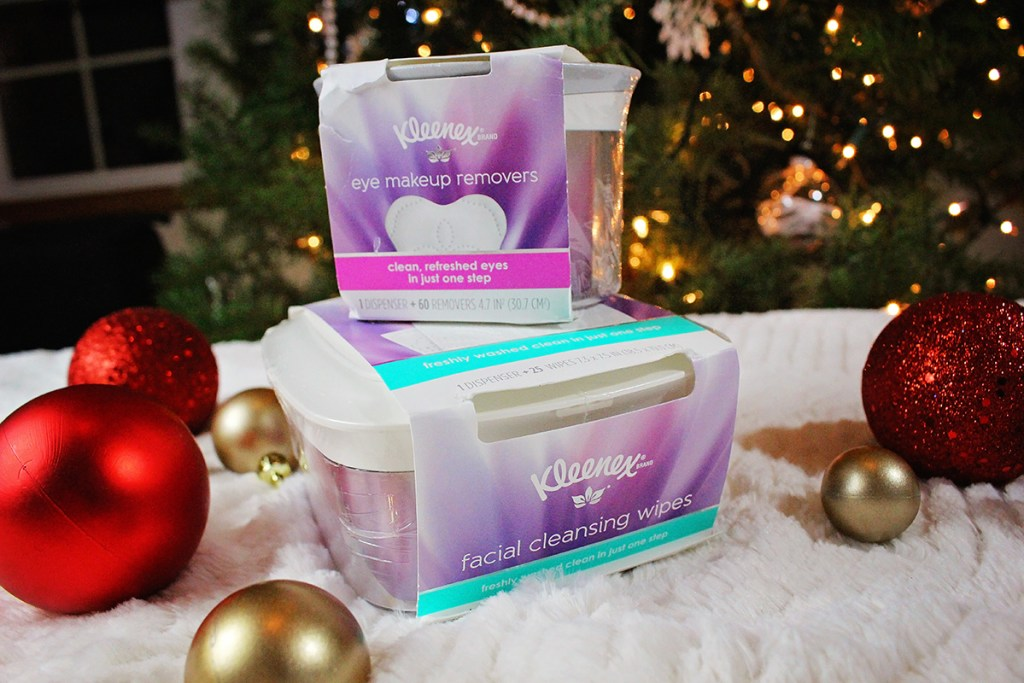 Eye Makeup Removing Wipes & Face Cleansing Wipes for Christmas? Hop on over to read why on my sponsored Holiday Gift Guide - A Well Crafted Party