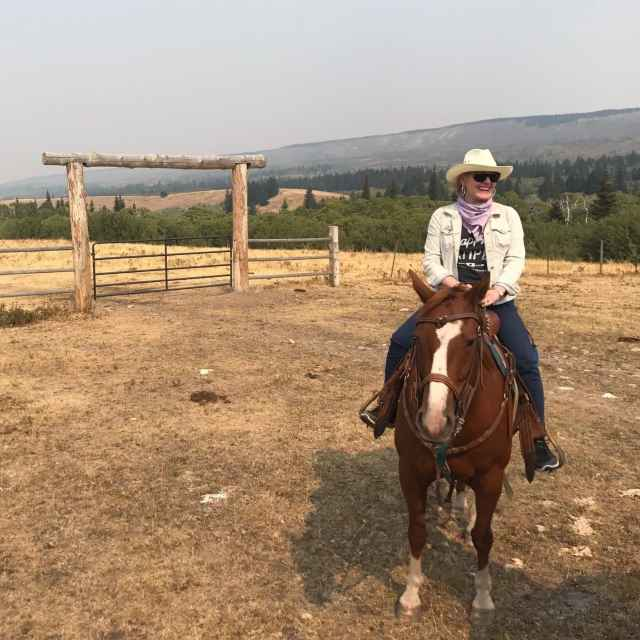 Bucket list in montana a well styled life for Where can i go horseback riding near me