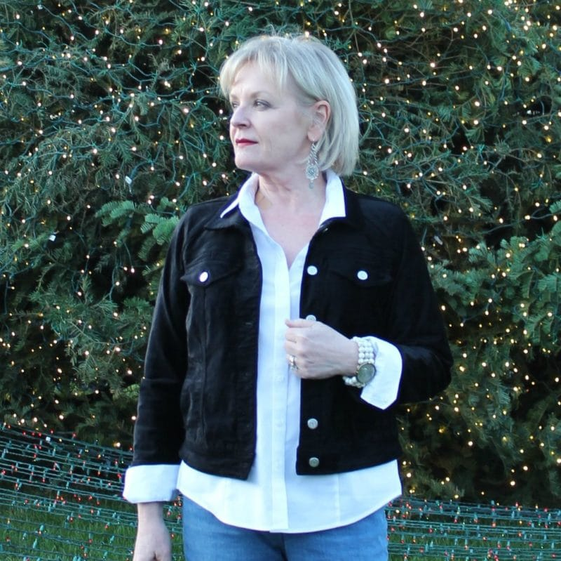 Jennifer Connolly of A Well Styled Life wearing velvet Pilcro jacket from Anthropologie