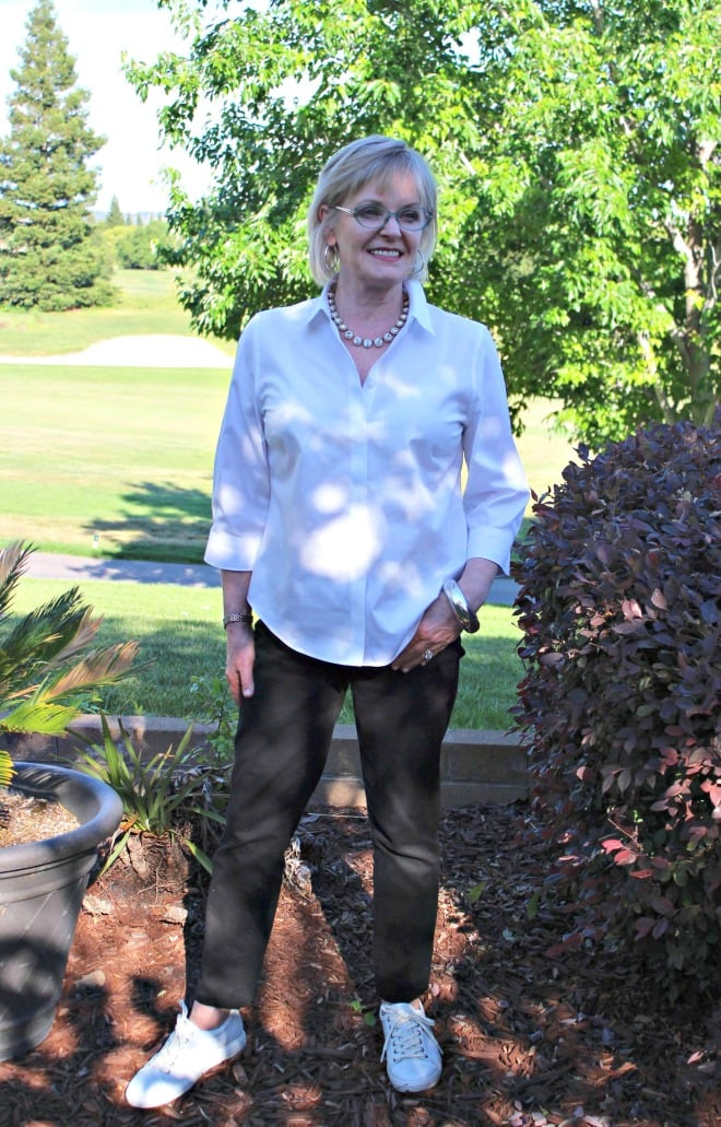 Jennifer Connolly of A Well Styled Life wearing ECCO Soft 7 Cap Toe sneakers