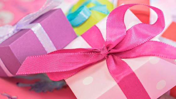 20 Wellbeing Gifts Under 20 - awelltravelledbeauty.com
