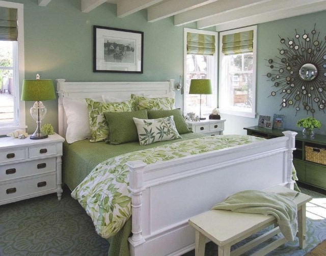 Small Master Bedroom Design Ideas, Tips And Photos ...