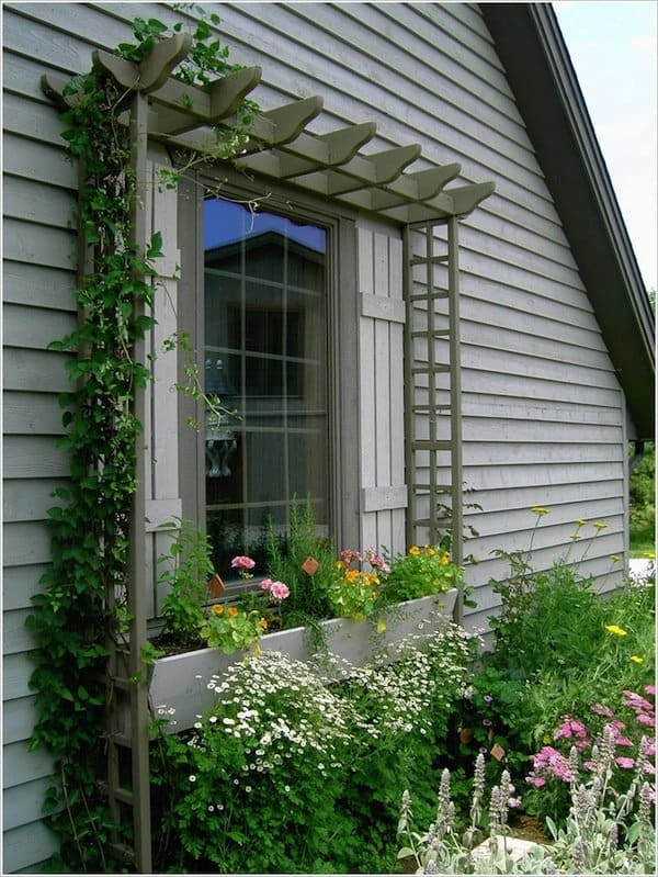 12 Beautiful Ways To Decorate The Outside Of Your Windows