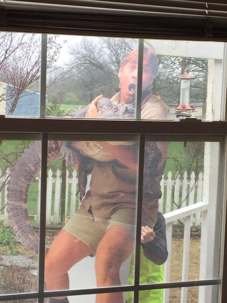 old-lady-scares-neighbor-with-cutout-cardboard-silly-things-bored-people-do