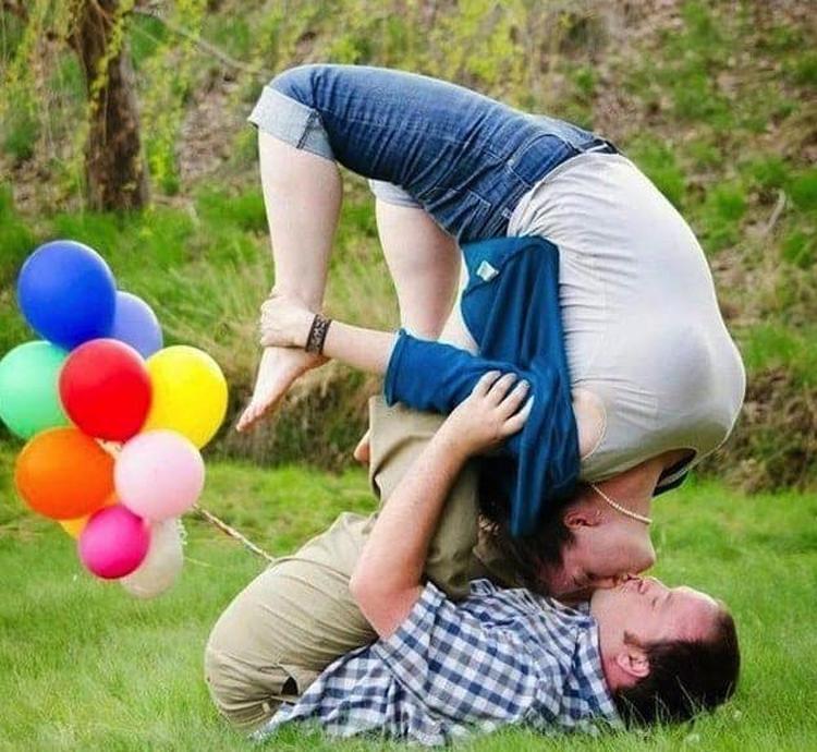 couple-photo-shoot-bending-hilariously-atrocious-things
