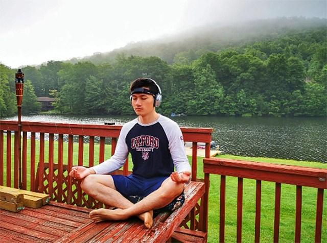 meditation tracker headband guiding soundscapes
