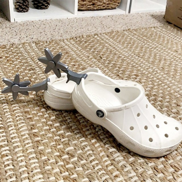 croc spurs silver