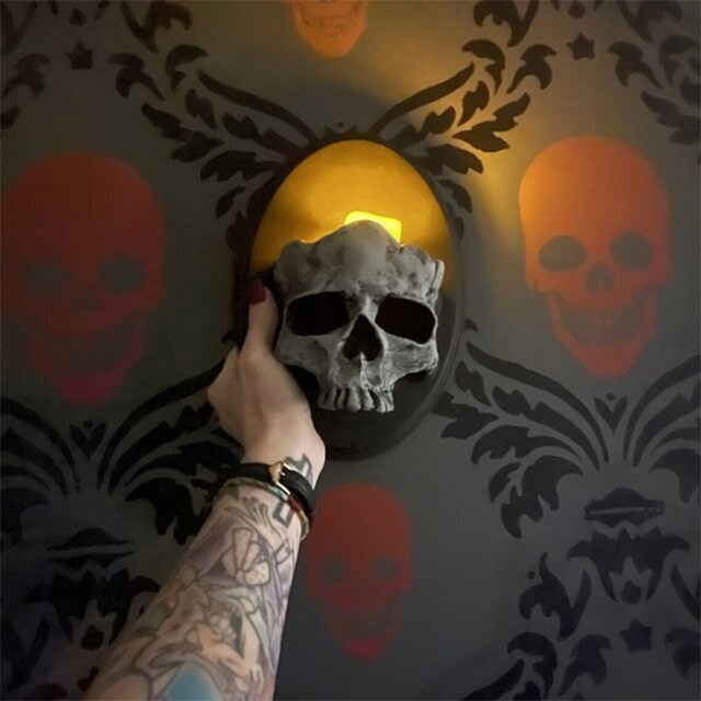 gothic skull candle holders wall-mounted