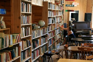 Falling Rock Cafe And Bookstore Munising
