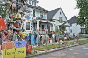 The Awesome Mitten-It's So Cold in the D: The Heidelberg Project