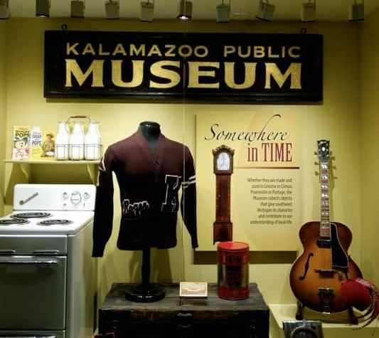 The Awesome Mitten - [Kalamazoo Valley Museum]