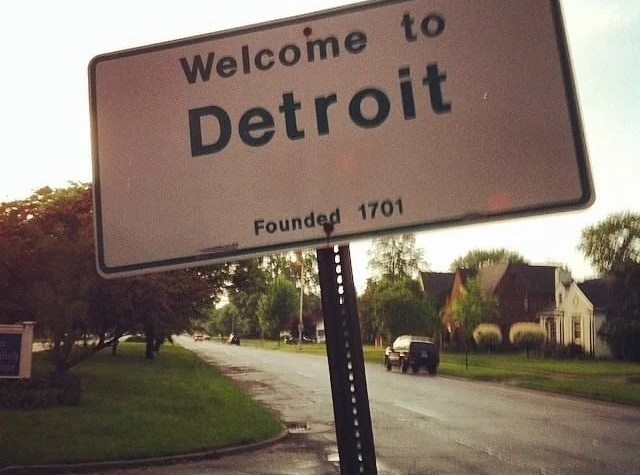 Legacy Writers: Joanna Falls in Love with Detroit - Awesome Mitten
