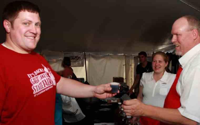 Michigan Wine & Beer Fest Beer Pour