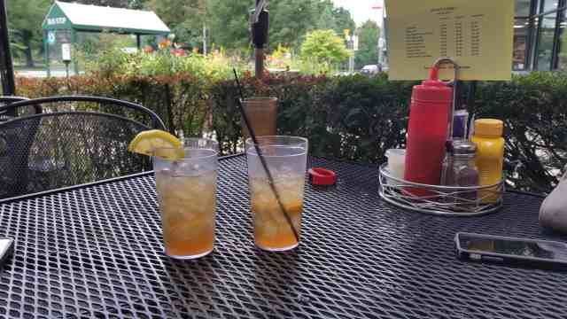 Long Islands at Peanut Barrel - #MittenTrip Lansing - The Awesome Mitten.