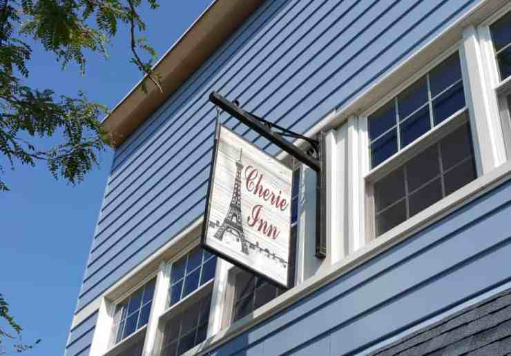 Cherie Inn - #MittenTrip - GrandRapids