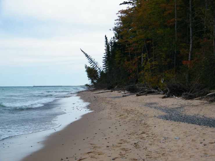 Munising - #MittenTrip - The Awesome Mitten