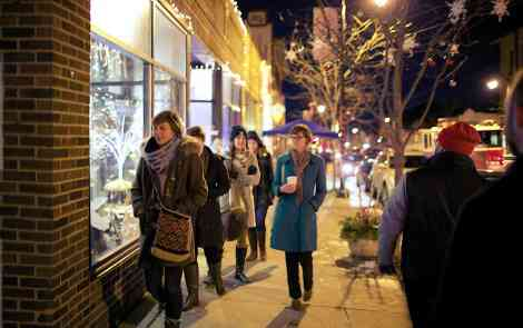 Shop Hop: Your New Favorite Holiday Tradition