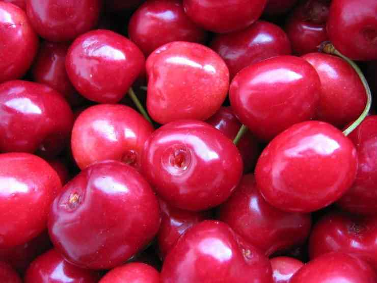 Michigan Sweet Cherries are a Nutrition Month favorite