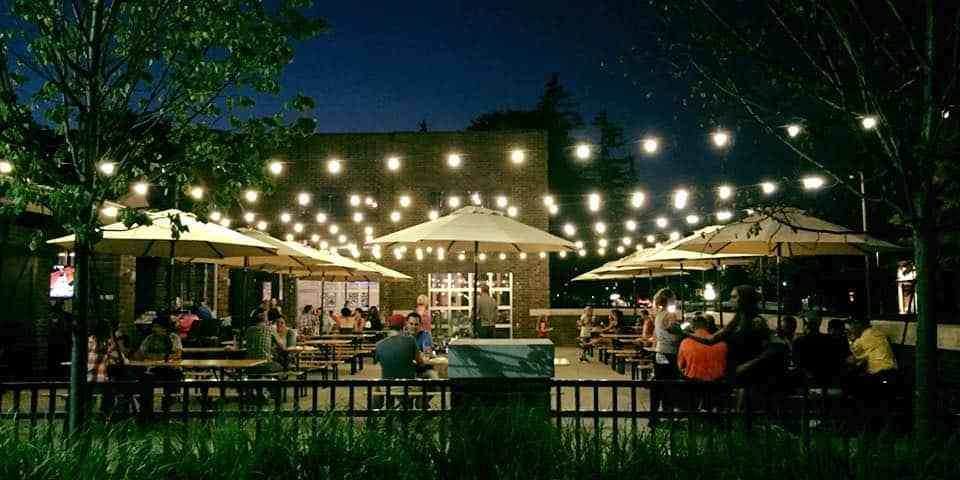 A Parade Of Patios: The Best Outdoor Bar Spots In Michigan