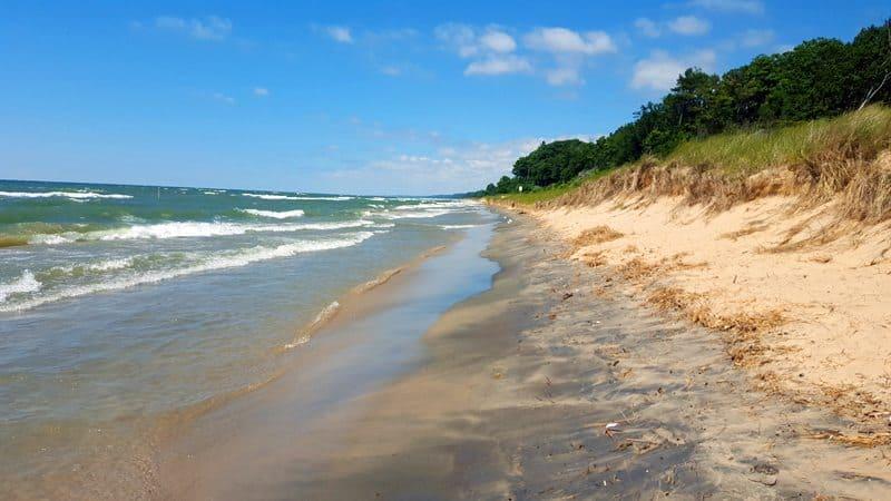 5 Lake Michigan Beaches Worth Taking the Plunge