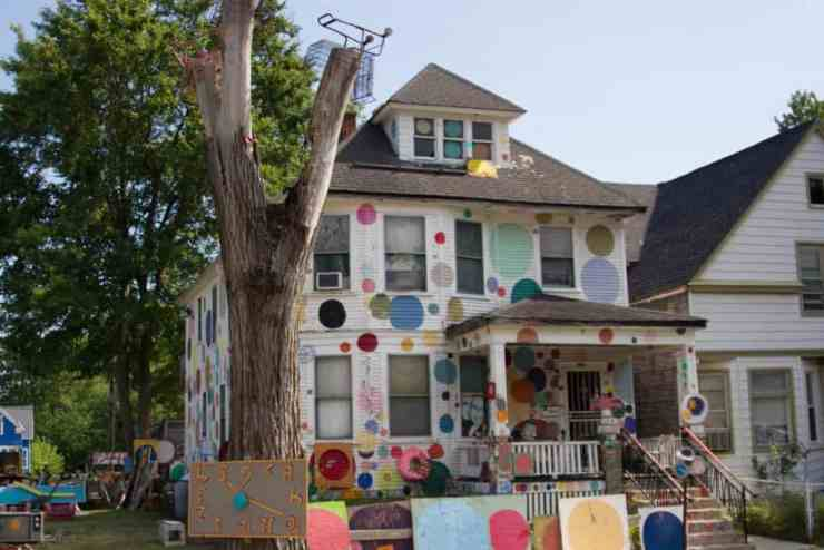 Heidelberg Project - The Awesome Mitten