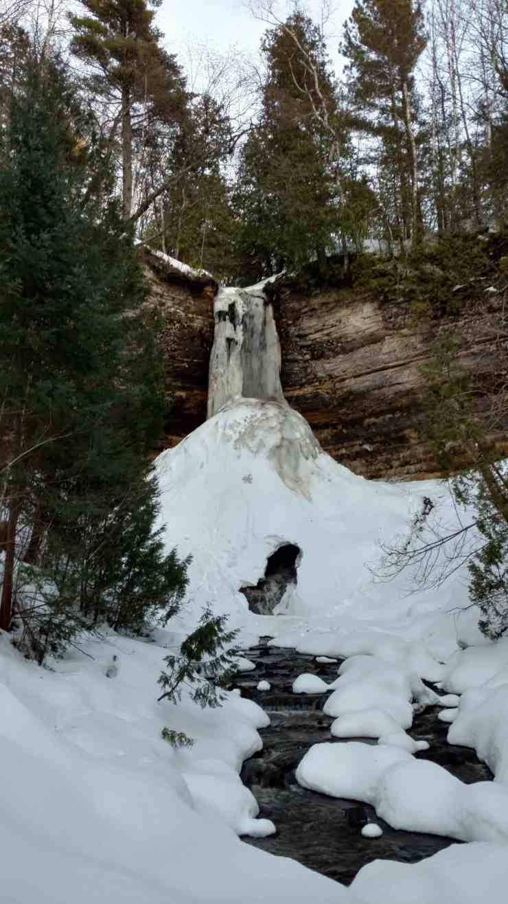 Natural Beauty and Winter Fun Abound in Munising - Awesome Mitten