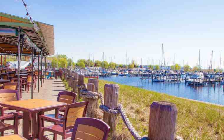 Boater Friendly Restaurants Along Lake Michigan - The Awesome Mitten