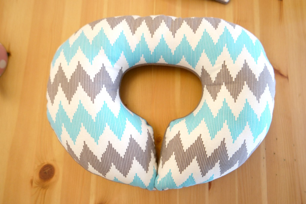 Easy Childs Travel Pillow Tutorial
