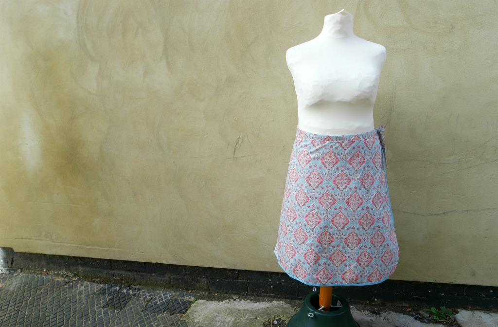 how to sew a reversible wrap skirt