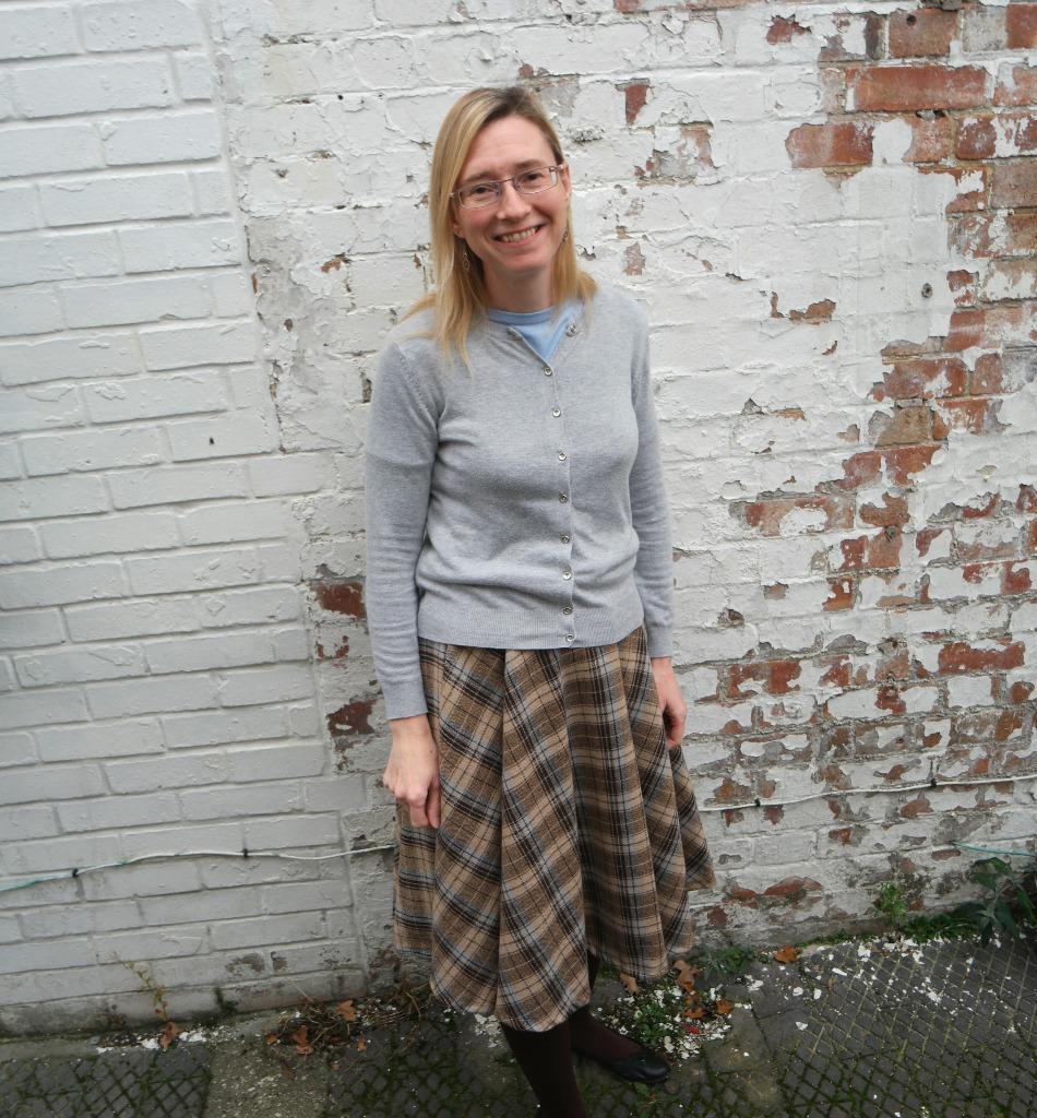 diy winter circle skirt tutorial