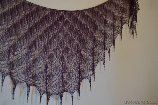 awkward soul - morticia shawl (9)