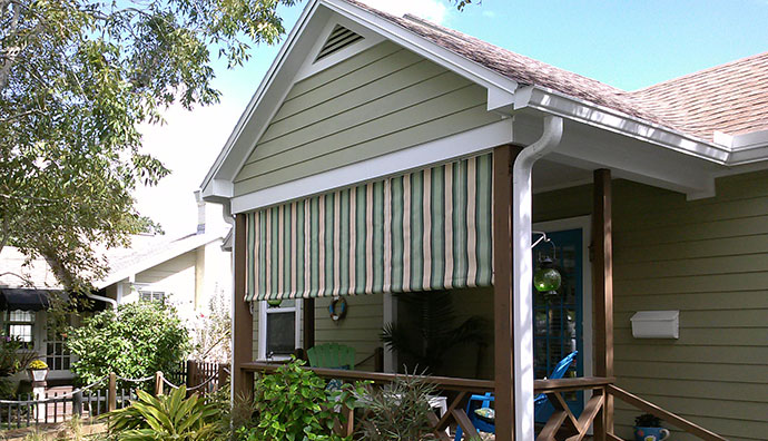 Roll Curtains And Solar Screens