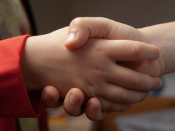 Language learning strategy student engadgement: handshake