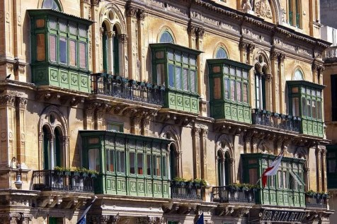 La Valletta old façades with galleries - Why You Should Definitely Visit Malta in Winter - A World to Travel