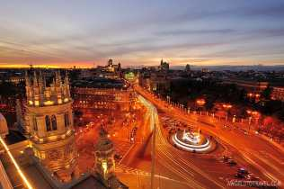 Madrid sunset postcard from Circulo de Bellas Artes rooftop - A World To Travel 6