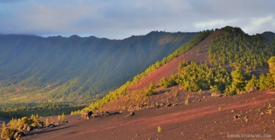 Yes, this island volcanic past is very present wherever you go!