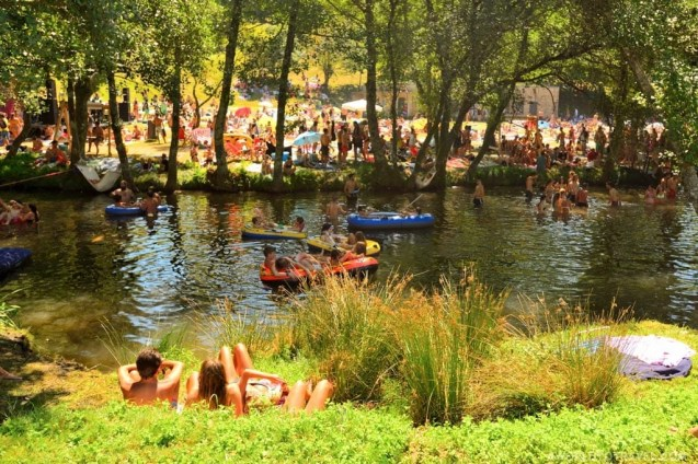 Vodafone Paredes de Coura 2015 music festival - Taboao river beach - A World to Travel-26