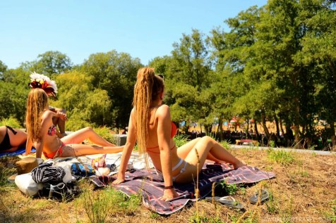 Vodafone Paredes de Coura 2015 music festival - Taboao river beach - A World to Travel-29