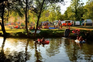 Vodafone Paredes de Coura 2015 music festival - Taboao river beach - A World to Travel-33
