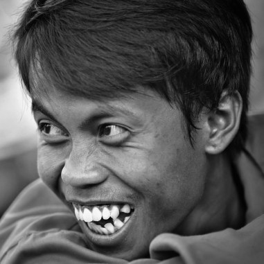 Noticed that sometimes when we are photographing someone in Indonesia, the surrounding people start making fun of them.