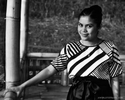 Sunset light and yet another Indonesian smily beauty. (in Dusun Bambu)